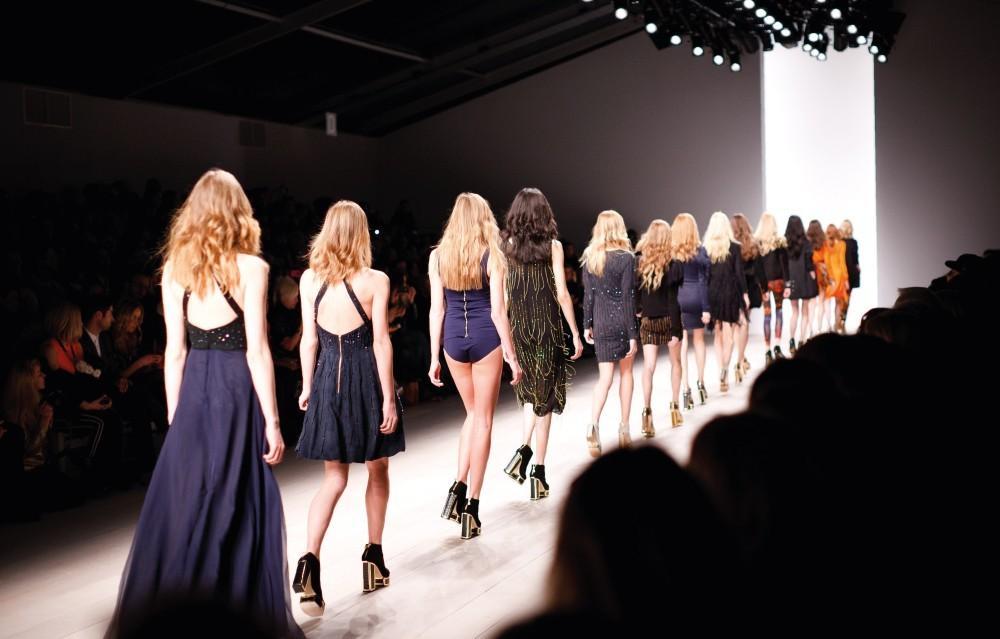 La Moda è Un'industria Per I Giovani